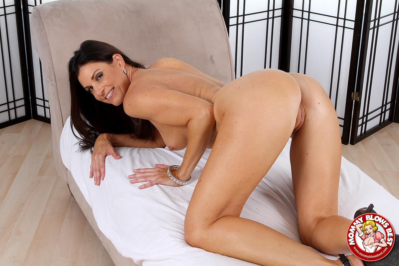 Pretty brunette craves a cock at each end 3