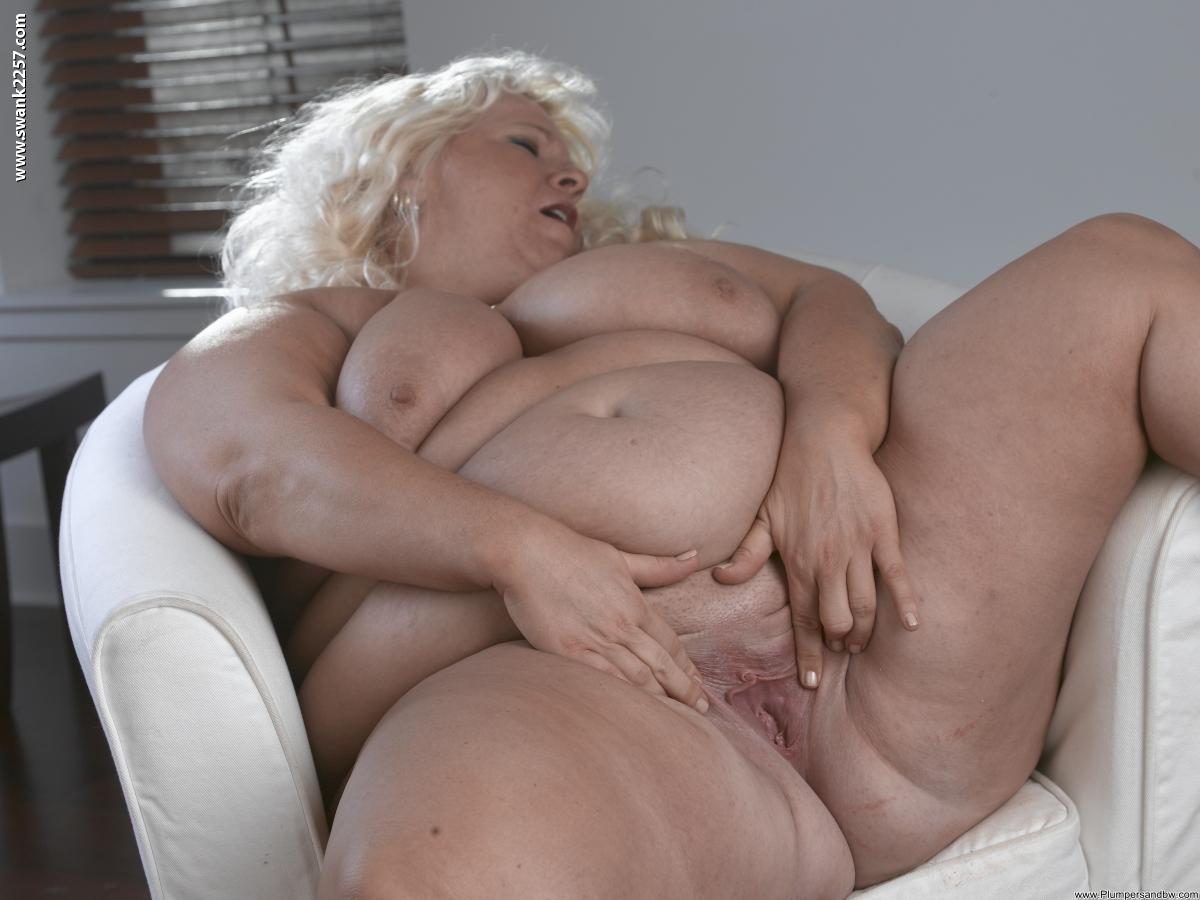 Толстушки с большие голые сиськи 4 фотография
