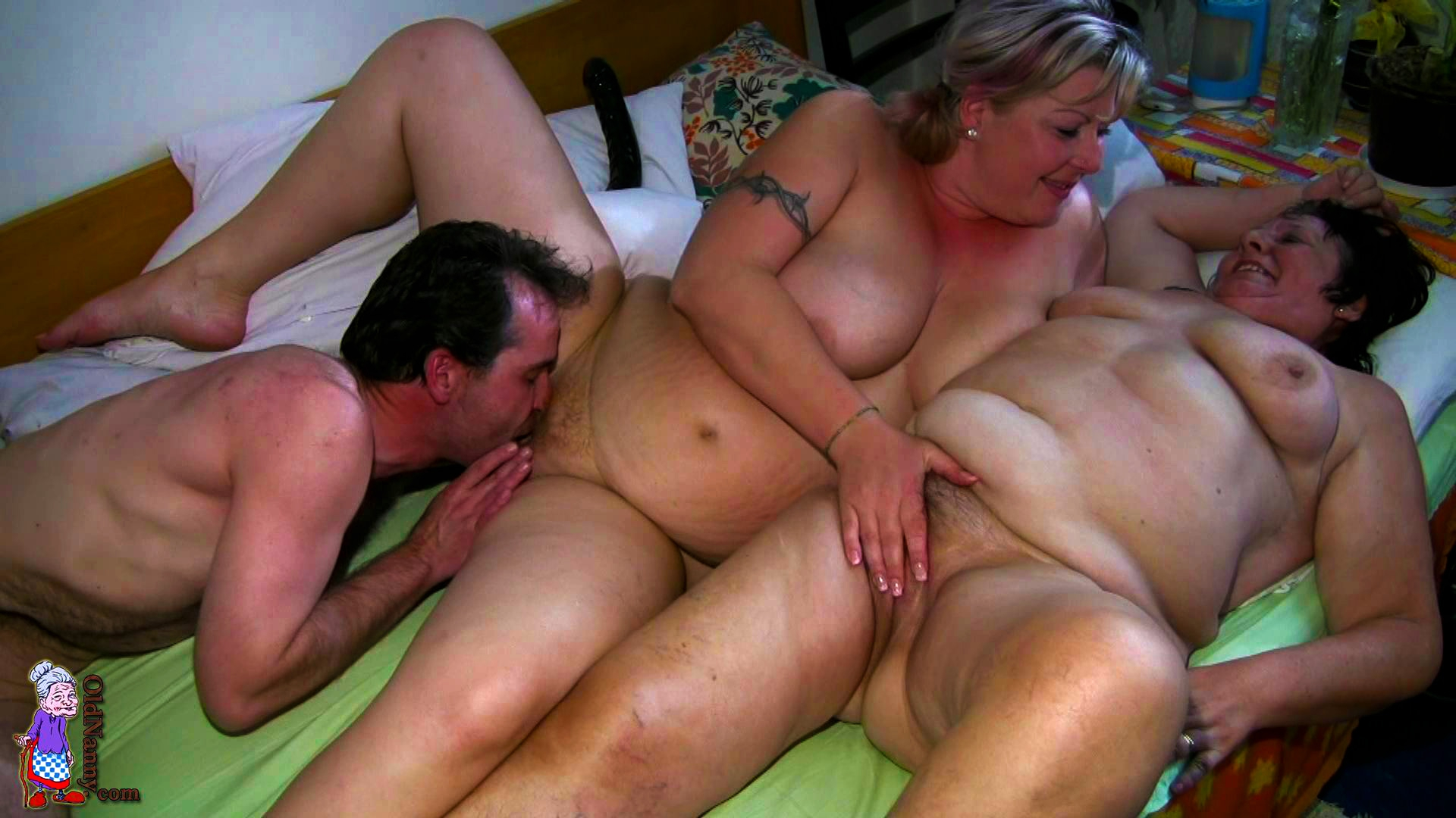 Секс с двумя толстушки 6 фотография