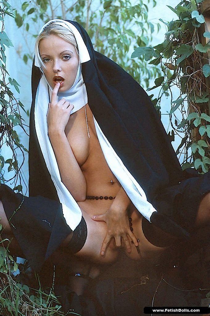 небрити пизда монашки фото