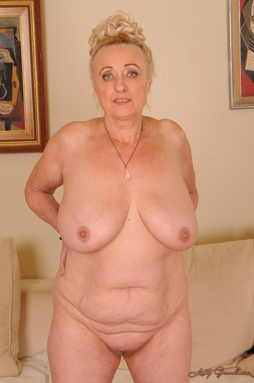 Старые тети голые 7 фотография