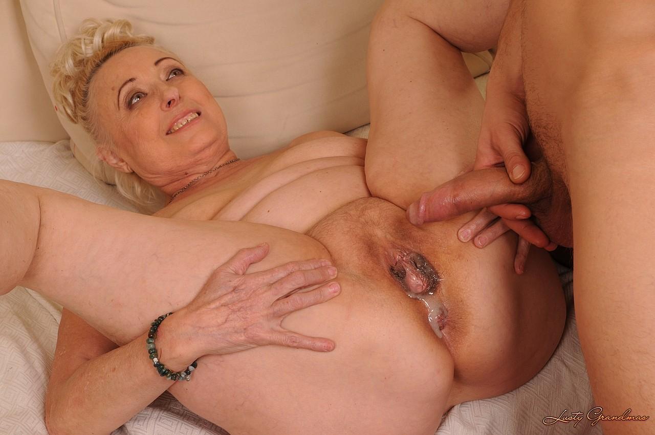 Старая порно тетка 13 фотография