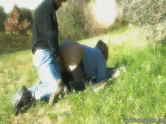 natural-italian-love-on-the-grass
