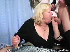 granny-gives-double-blowjob-and-gets-doggystyled