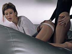 babes-in-pantyhose-erotica-with-strap-on
