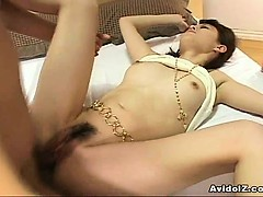 japanes-babe-gets-fucked-uncensored
