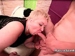 obese-mature-woman-with-round-and-fat-part6