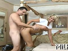 hot-babe-longs-for-hardcore-sex