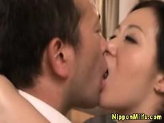japanese-asian-mature-kissing