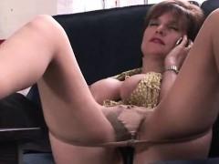 lady-sonia-masturbating