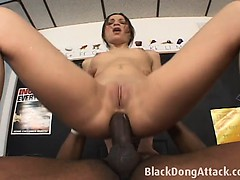 amber-rayne-get-fucked-by-a-bbc
