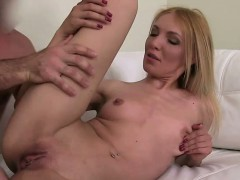blonde-amateur-fucks-on-couch-on-casting