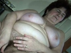 mature-woman-gets-horny-masturbating-part1