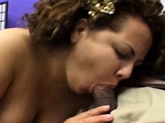 fat-ladies-whore-in-nasty-threesome