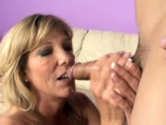 tugjob-loving-milf-mature-sucks-dick