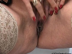 horny-mature-housewife-fingering-part2