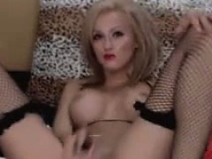 good-girl-fuck-pussy-with-toys-if-she-gets-tipped