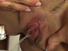 clipping-babe-s-wild-pink-flaps