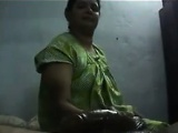 Indian Whore Giving A Handjob