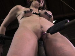 mouth-spider-gagged-skank-brutally-humiliated-by-maledom