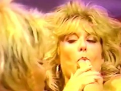 hot-vintage-lesbian-80s-pussy-action