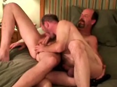 mature-gay-guys-give-each-other-head