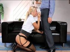 stunning-blonde-eating-uk-large-schlong-on-her-knees