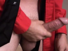 gay-mature-amateur-jerking-off-in-the-office