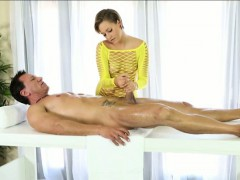 sexy-hot-blonde-masseuse-bailey-bae-fucked-by-her-client