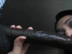 interracial-blowjob-asian-sucks-black-cock
