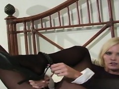 horny-housewife-extreme-anal