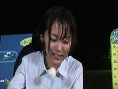 hot-asian-weather-woman-fucking-live