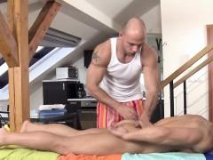 straight-stud-massaged