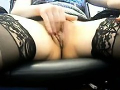 mature-woman-maturbating-in-an-office