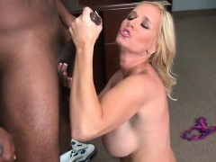 mom-gives-bj-on-knees-and-gets-hard-fucked