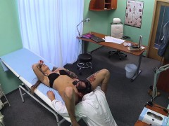fakehospital-doctor-solves-wet-pussy-problem