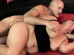 mamma-troia-sex-at-home