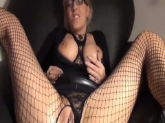 blond-milf-fisted-and-creampied-in-her-greedy-pussy