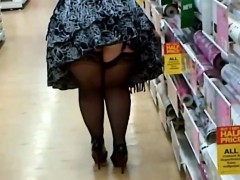 fat-woman-in-stockings-and-heels-shopping