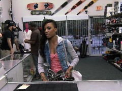 ebony-pawns-her-shaved-vagina-and-screwed-for-the-golf-clubs