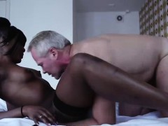 amateur-dude-does-oral-with-black-european-hooker
