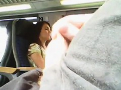 guy-masturbating-in-public-this-woman
