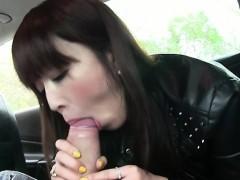 hot-girlfriend-brunette-pov