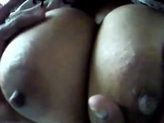playing with large indian breasts close up – نيك ساخن مع الجمال الهندى المثير جدا