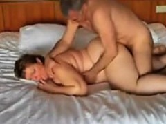 chubby-woman-getting-double-penetrated