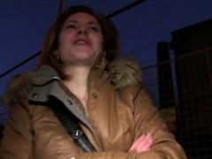 euro-redhead-flashing-breasts-in-public