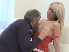 Horny young sweetie likes every inch of old ramrod in pussy