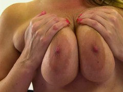 british-milf-jessica-shows-off-her-big-tits-and-masturbates