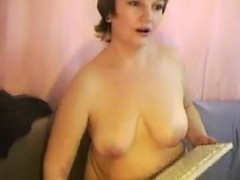 mature-slut-shows-off-her-tits
