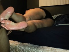 homemade-footjob-ends-with-cum